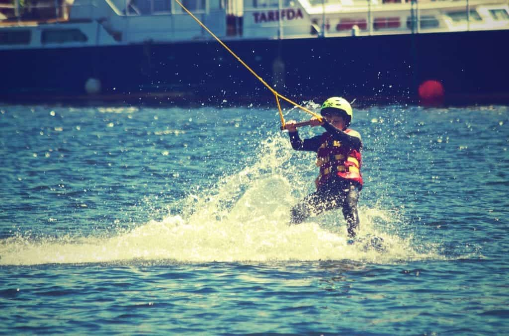Water Skiing And 3 Tips To Enjoy It